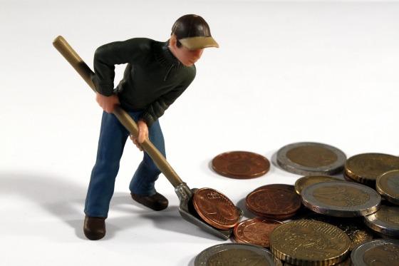 Shoveling coins